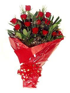 12 adet kirmizi gül buketi  Manisa online çiçekçi , çiçek siparişi
