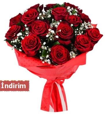 12 Adet kırmızı aşk gülleri  Manisa hediye sevgilime hediye çiçek