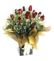 Manisa çiçek yolla , çiçek gönder , çiçekçi   11 adet kirmizi gül  buketi