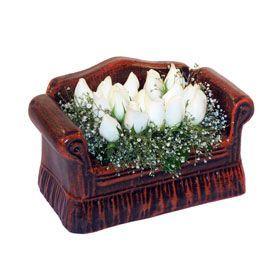 seramik içerisinde 11 gül  Manisa çiçek mağazası , çiçekçi adresleri
