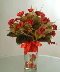 yapay güllerden vazo  9 gül  Manisa çiçekçi telefonları