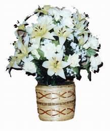 yapay karisik çiçek sepeti   Manisa çiçek siparişi sitesi