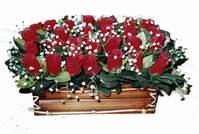 yapay gül çiçek sepeti   Manisa İnternetten çiçek siparişi