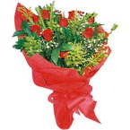10 adet kirmizi gül buketi  Manisa uluslararası çiçek gönderme
