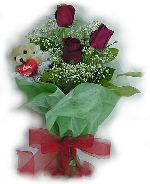 3 adet gül ve küçük ayicik buketi  Manisa çiçek yolla