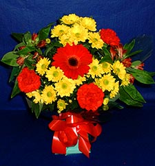 Manisa çiçek servisi , çiçekçi adresleri  sade hos orta boy karisik demet çiçek