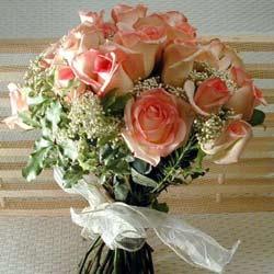12 adet sonya gül buketi    Manisa 14 şubat sevgililer günü çiçek