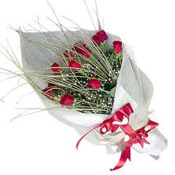 Manisa internetten çiçek siparişi  11 adet kirmizi gül buket- Her gönderim için ideal