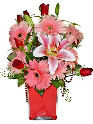 Manisa çiçek yolla  karisik cam yada mika vazoda mevsim çiçekleri mevsim demeti