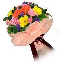 Manisa kaliteli taze ve ucuz çiçekler  Karisik mevsim çiçeklerinden demet