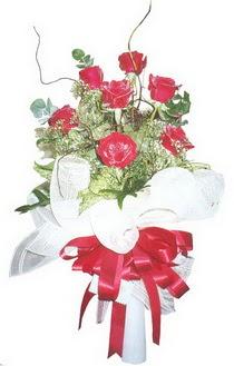 Manisa güvenli kaliteli hızlı çiçek  7 adet kirmizi gül buketi