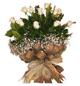 Manisa anneler günü çiçek yolla  9 adet beyaz gül buketi