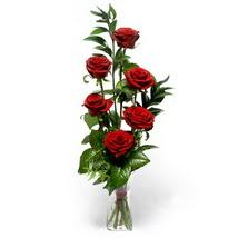 Manisa güvenli kaliteli hızlı çiçek  cam yada mika vazo içerisinde 6 adet kirmizi gül