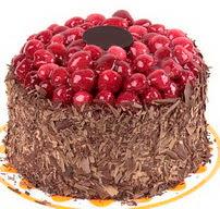 çikolatali franbuazli yas pasta 4 ila 6  Manisa 14 şubat sevgililer günü çiçek