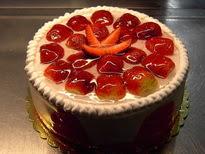 Meyvali yas pasta 4 ile 6 kisilik pasta  Manisa güvenli kaliteli hızlı çiçek