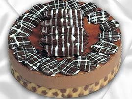 taze pastane den 4 ile 6 kisilik yas pasta kestaneli yaspasta  Manisa yurtiçi ve yurtdışı çiçek siparişi