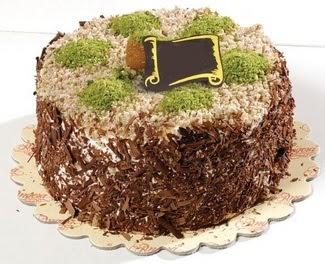 pasta gönderme 4 ile 6 kisilik çikolatali yas pasta  Manisa hediye sevgilime hediye çiçek
