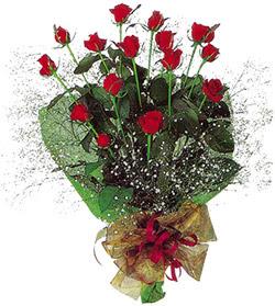 11 adet kirmizi gül buketi özel hediyelik  Manisa kaliteli taze ve ucuz çiçekler
