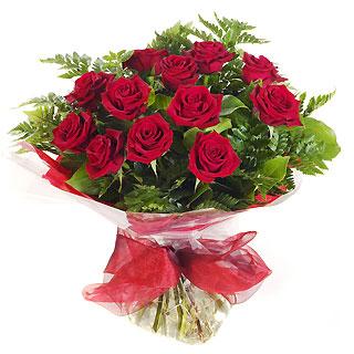 Ucuz Çiçek siparisi 11 kirmizi gül buketi  Manisa hediye çiçek yolla
