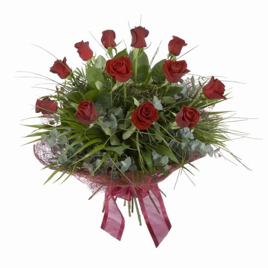 Etkileyici buket 11 adet kirmizi gül buketi  Manisa yurtiçi ve yurtdışı çiçek siparişi