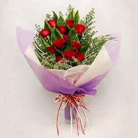 çiçekçi dükkanindan 11 adet gül buket  Manisa kaliteli taze ve ucuz çiçekler