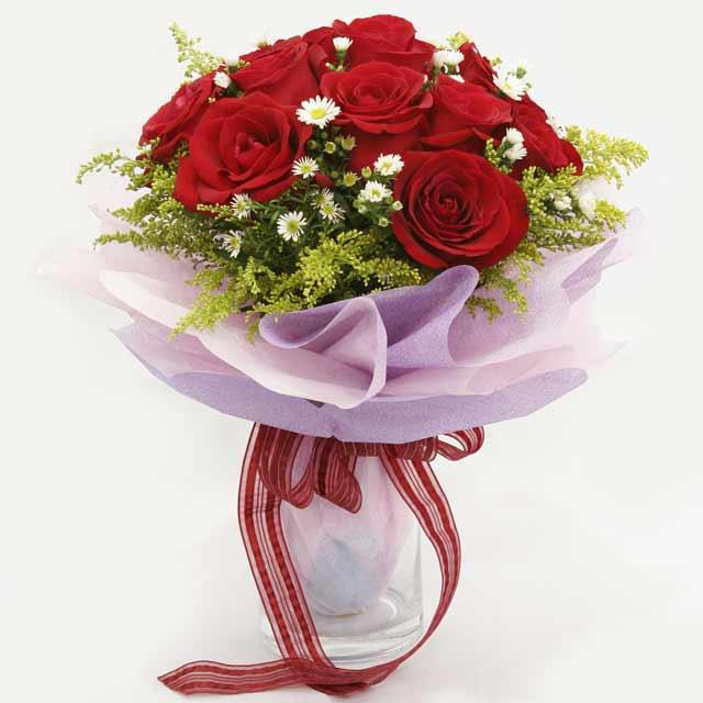 Çiçek gönderme estetikliginiz 11 gül buket  Manisa kaliteli taze ve ucuz çiçekler