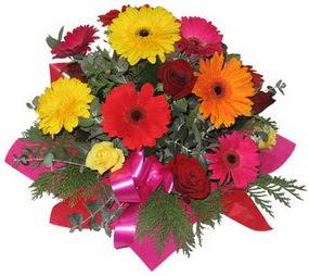 Karisik mevsim çiçeklerinden buket  Manisa ucuz çiçek gönder