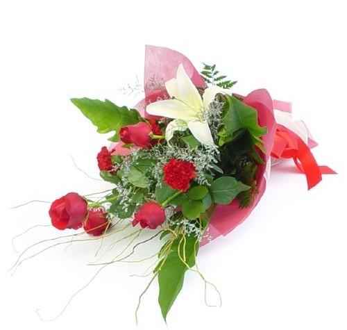 Mevsim çiçeklerinden karisik buket  Manisa çiçek yolla