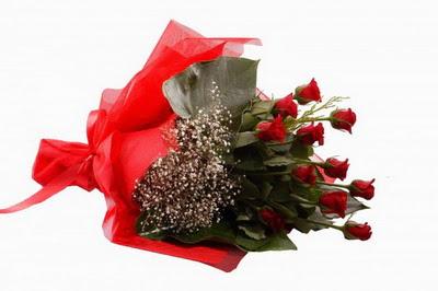 Manisa güvenli kaliteli hızlı çiçek  11 adet kirmizi gül buketi çiçekçi