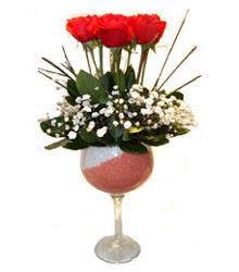 Manisa online çiçekçi , çiçek siparişi  cam kadeh içinde 7 adet kirmizi gül çiçek