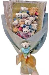 12 adet ayiciktan buket tanzimi  Manisa çiçek yolla