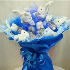 7 adet pelus ayicik buketi  Manisa çiçek online çiçek siparişi
