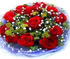 9 adet kirmizi güllerden buket  Manisa anneler günü çiçek yolla