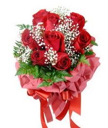9 adet en kaliteli gülden kirmizi buket  Manisa çiçekçi mağazası