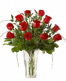 cam yada mika vazo içerisinde 9 kirmizi gül  Manisa güvenli kaliteli hızlı çiçek