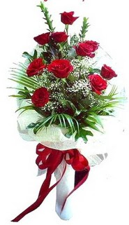 Manisa çiçek servisi , çiçekçi adresleri  10 adet kirmizi gül buketi demeti