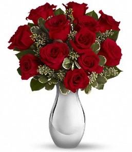 Manisa İnternetten çiçek siparişi   vazo içerisinde 11 adet kırmızı gül tanzimi