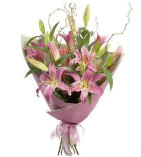 Manisa cicek , cicekci  3 dal cazablanca buket çiçeği
