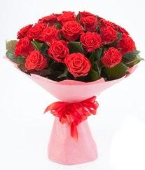 15 adet kırmızı gülden buket tanzimi  Manisa güvenli kaliteli hızlı çiçek