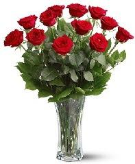11 adet kırmızı gül vazoda  Manisa çiçek yolla , çiçek gönder , çiçekçi