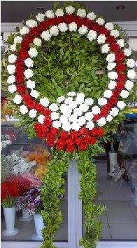 Cenaze çelenk çiçeği modeli  Manisa çiçek , çiçekçi , çiçekçilik