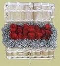 Manisa çiçek gönderme  Sandikta 11 adet güller - sevdiklerinize en ideal seçim